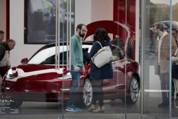 Opinion   Tesla's Manufacturing 'Hell' Won't Slow Down Electric Cars