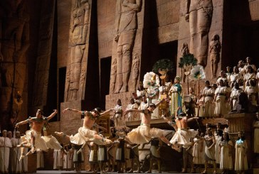 After 31 Years, Farewell to the Met Opera's Grand, Gaudy 'Aida'