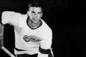 Ted Lindsay, Hall of Fame Scorer Who Powered Red Wings, Dies at 93