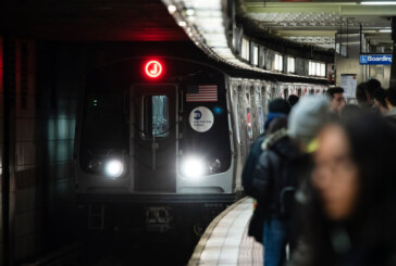New York's Mayor Doesn't Run New York's Subways. Should He?
