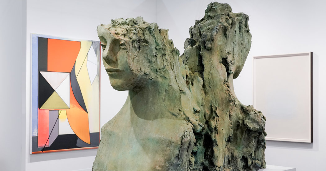 At the Armory Show, Solo Exhibitions and Colossal Displays