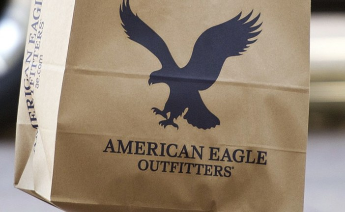 American Eagle forecasts profit below estimates; shares slide