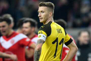 Marco Reus Has Been Kicked Hard by Soccer. He's Still Standing.