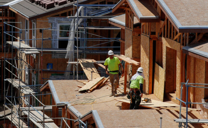 U.S. Economy Cooled as G.D.P. Grew at 2.6% Rate in Fourth Quarter