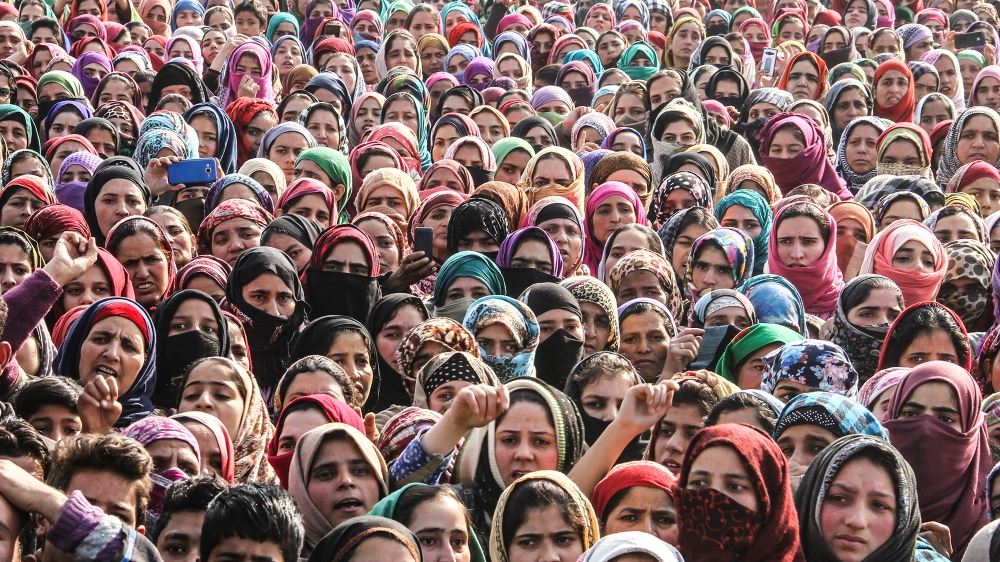 The women in Kashmir longing for their loved-ones' return |